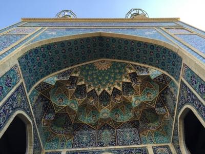 Mosque entrance ceiling