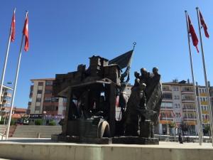 Central-city statue